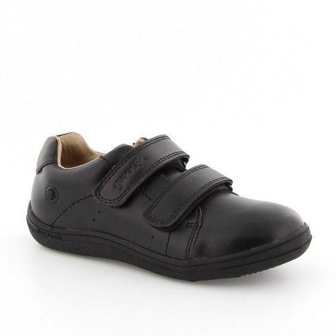 Pantofi de baieti, de la Garvalin. Au interiorul si exteriorul din piele naturala si se asorteaza perfect cu orice uniforma scolara.