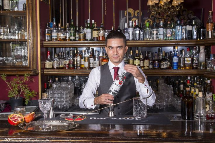 Το Bacardi Legacy Global Cocktail competition είναι ένας παγκοσμίου φήμης διαγωνισμός για bartenders που διοργανώθηκε για τρίτη φορά στην Ελλάδα. Ο Ελληνικός τελικός θα διεξαχθεί τον Μάρτιο στη Λυώ…