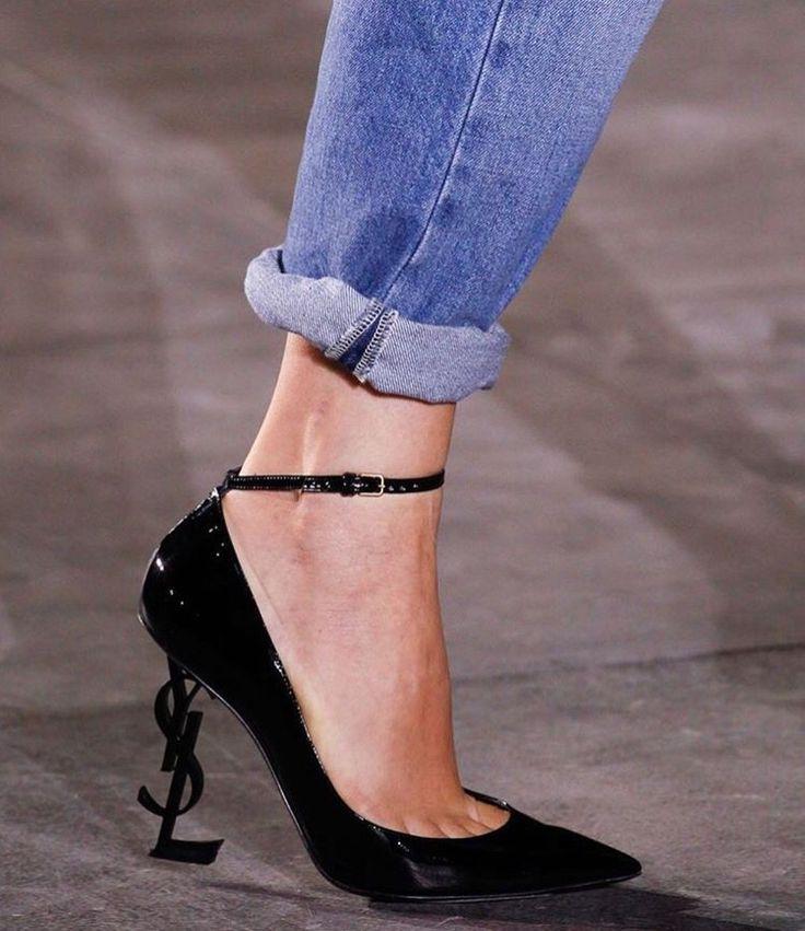 patent leather logo heel