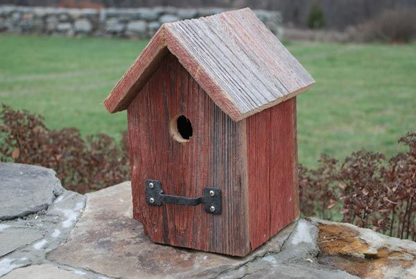 Simple bird house design woodworking projects plans for Easy birdhouse ideas