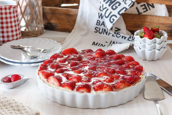 Amalie loves Denmark - Rezept für klassische dänische Erdbeertorte