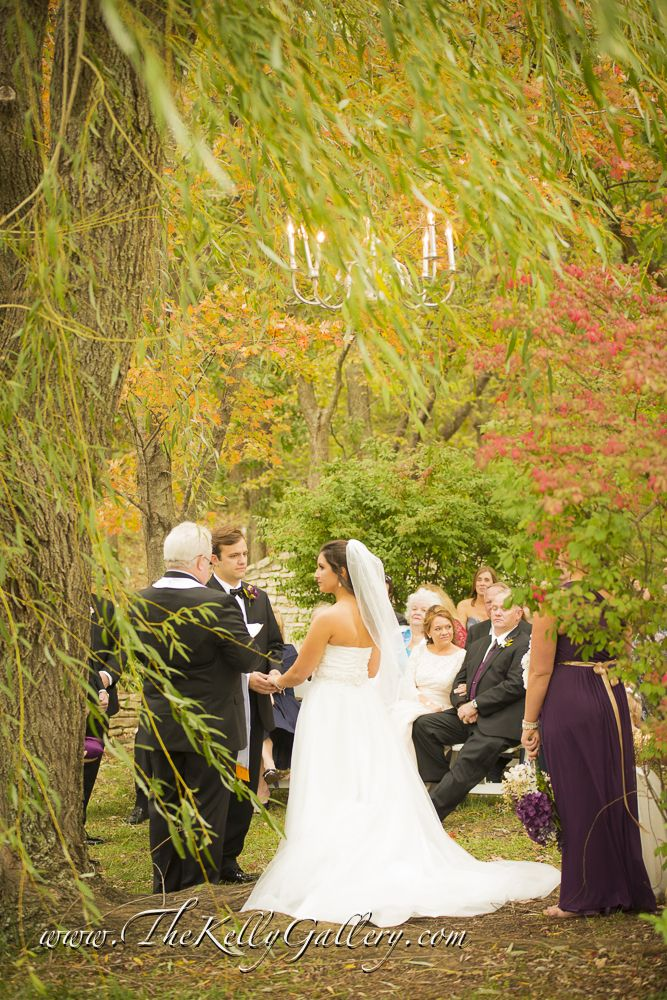 Gorgeous Fairy Tale Wedding In The Gardens At The Kelly Gallery Outdoorweddingceremony Willowtreeceremony