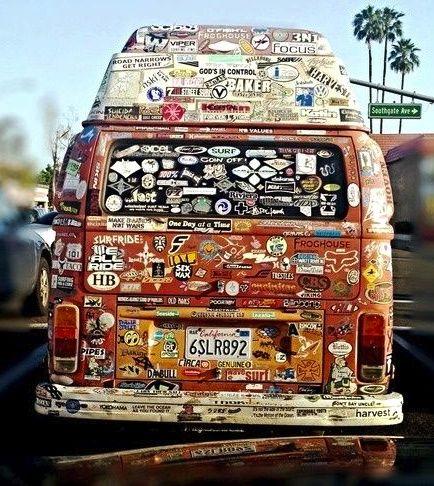 Guardiamo solo un californiano snapshot o osserviamo che i ricordi dobbiamo tenerli dentro di noi per usarli ben bene invece che attaccarceli dietro? Anche sul #lavoro…