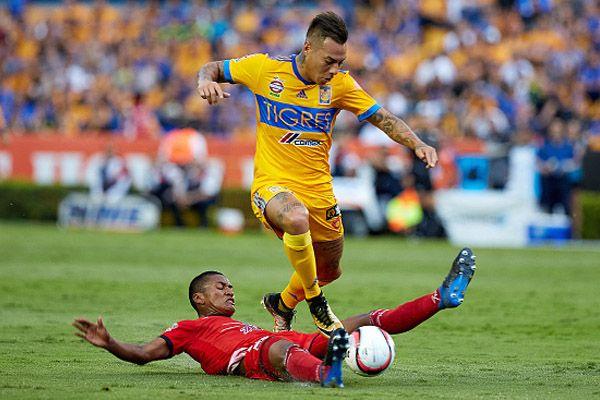 La anotación del atacante chileno, Eduardo Vargas, fue colocada por la Liga MX como una de las mejores que se marcaron en la Jornada 7 del Torneo Apertura 2017. | www.soytigre.mx