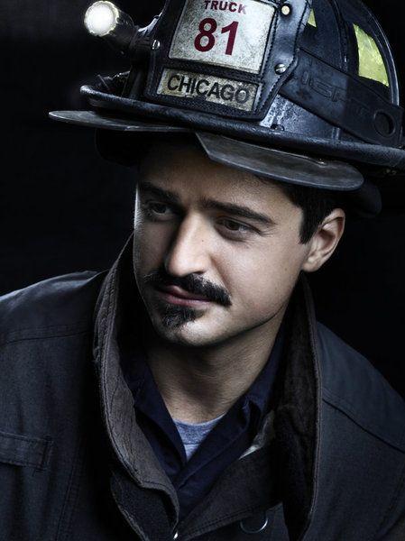 Photo Flash: Fotos Promocionais parágrafo Chicago Fire Season 2 (m.bwwtvworld.com)