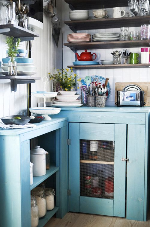 icelandic kitchen! (from design sponge)