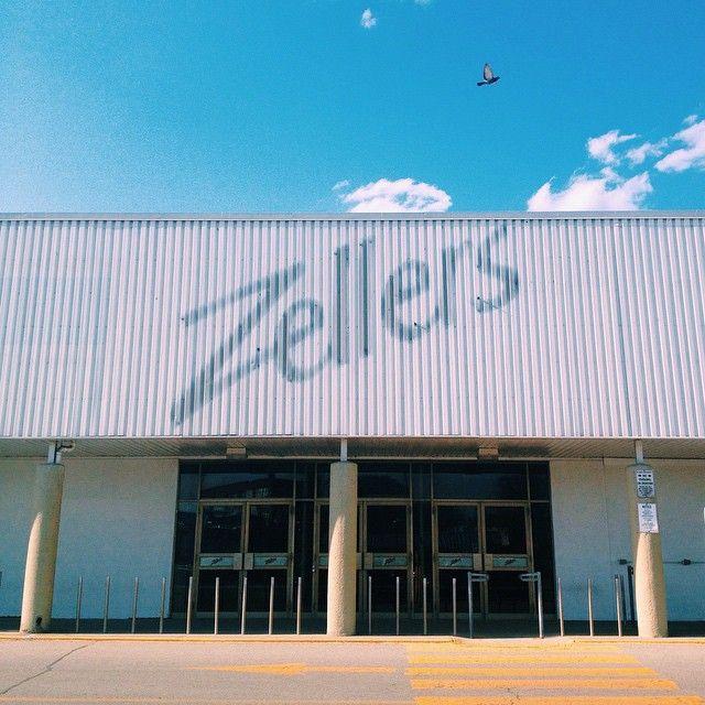 | Bargain Harold's. Woolco. Simpson's. Zellers. |