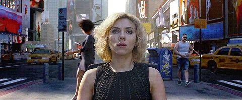 """""""Lucy"""" est métaphysique : les seins de Scarlett Johansson au crible de la philosophie - le Plus"""