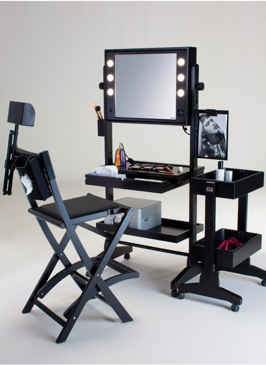 L200 WHEELED AND LIGHTED VANITY TABLE