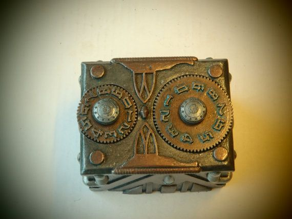 Custom Steampunk Deck Box for MTG Sleeved Cards by Leifkicker