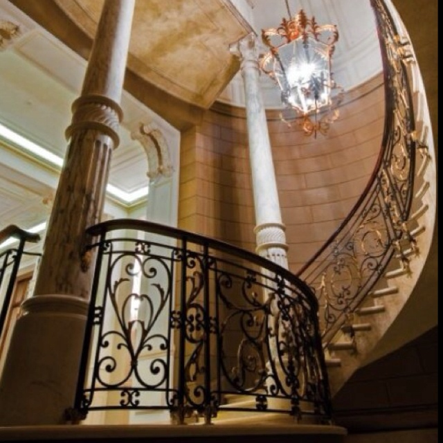 Stunning Staircase And Elevator Design Ideas: 169 Best Images About Beautiful Stairway/Foyer Ideas On