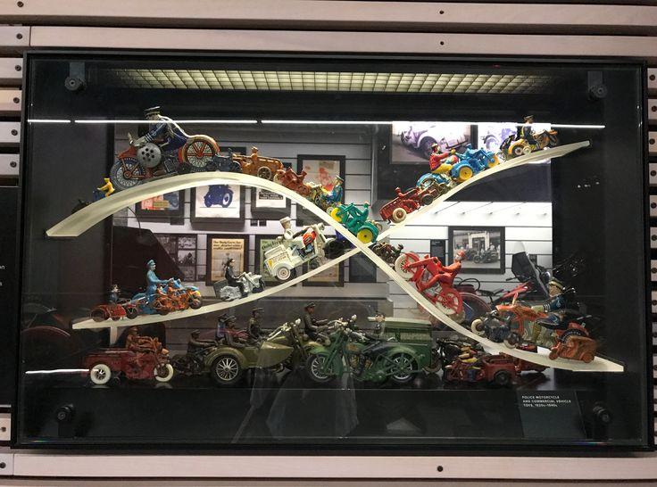 Toys Harley Davidson museum Lorie a malenock everett