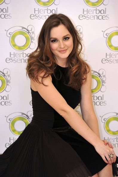 GET THE LOOK: Gossip Girl Style-Blair Waldorf Blair Waldorf Leighton Meester style. Unique.