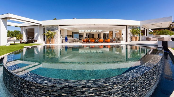 """Markus """"Notch"""" Persson, creator of the immensely popular video game Minecraft, has purchased a swanky Beverly Hills megamansion for a cool $70 million. According to Curbed LA, the property was also..."""