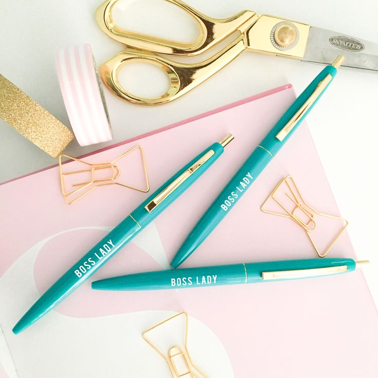 Our Boss Lady Pen is perfect for every boss lady out there! Chic, stylish, easy to write with, there's no better way to jot down your dreams and goals! A great gift for every boss, your best friend wh