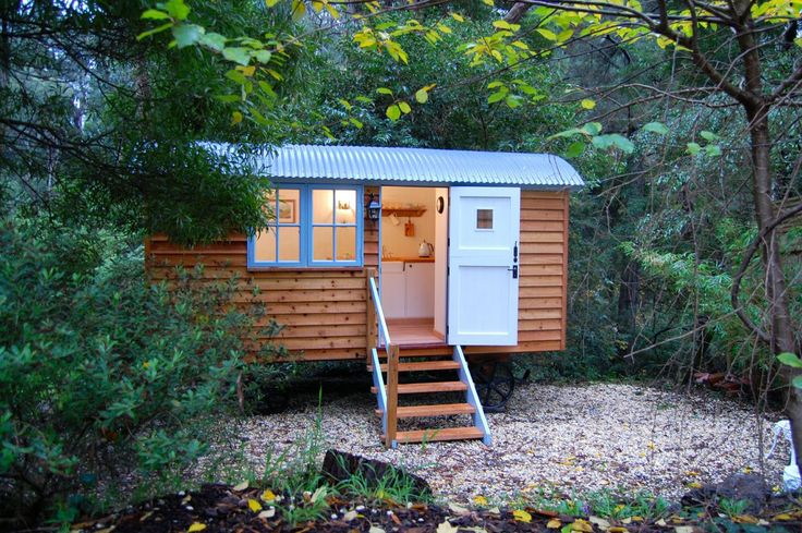 Blackdown Shepherd Hut - a timber backyard getaway