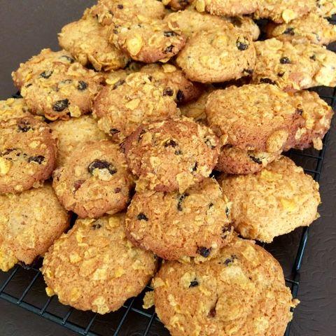 Kerrie Maloney: Crunchy Cornflake Cookies