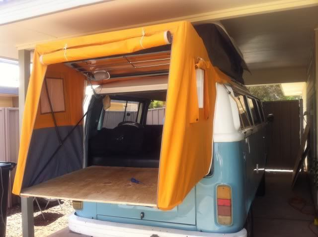 The 25 best kombi interior ideas on pinterest campervan for Vw kombi interior designs
