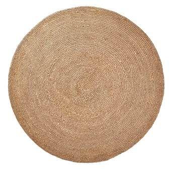 Met al die rechte vormen in huis is een rond vloerkleed zoals de LaForma Dip een speelse afwisseling.  Dit cirkelvormige kleed met grove steken is gemaakt van jute en heeft lichte (aarde)tinten. Het kleed heeft een fijn formaat van 150 cm.