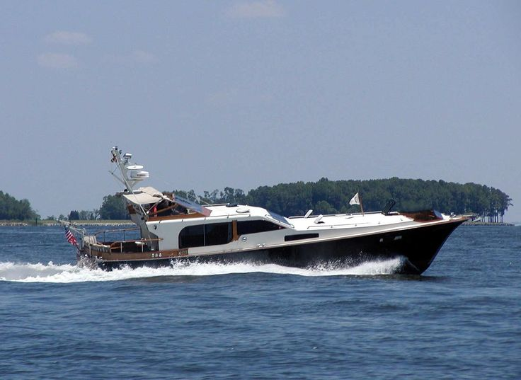 1984 Midnight Lace Express Rumrunner Power Boat For Sale - www.yachtworld.com