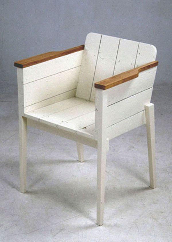 blanc chaise de bois de rebut, la conception blog de squish