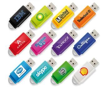 Le chiavette personalizzate, passando di mano in mano, sono un potente strumento pubblicitario di marketing. Tutte le chiavette usb possono essere personalizzate con il logo della vostra azienda oppure con la grafica che preferite.