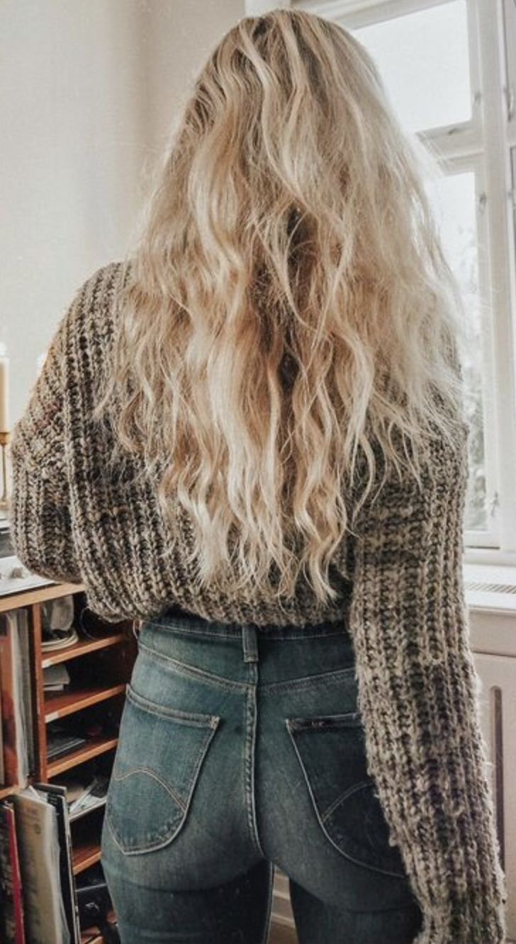 pinterest | shelby_taylor11 | fall fashion style, gray sweater, jeans