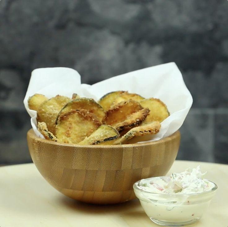 """Queste sono probabilmente le """"patatine"""" più sane del mondo. E le potete fare da soli!"""
