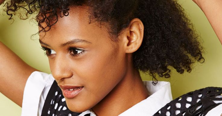 20 Styles You Need To Learn If You're Transitioning To Natural Hair #refinery29 http://www.refinery29.com/easy-natural-hairstyles