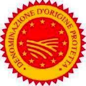 """Die Olivenhaine """"Masseria Don Vincenzo"""" sind in den albo DOP Olivenhaine der Handelskammer von Chieti mit der Nummer 512 inventarisiert. Die gesamte Produktion erhalten wird, ist zertifizierter DOP Colline Teatine Vastese, so garantiert eine höhere Qualität an den Verbraucher, nicht so sehr aus der organoleptischen Sicht, sondern vor allem für die Herkunft."""