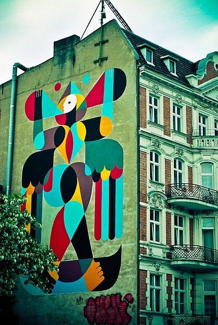 i love murals!  http://remed.es/web/