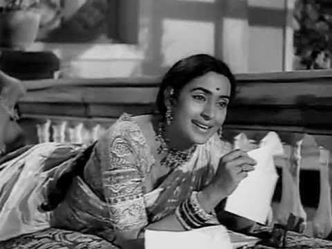 ▶ SARASWATI CHANDRA 1968 phool tumhe bheja hai khat mein Lata Mukesh Kalyanji Anandji Indeevar - YouTube