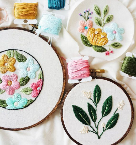 Retro Floral Embroidery Pattern, PDF Pattern, Vintage Inspired Flowers, Hand Embroidery Pattern, Ins
