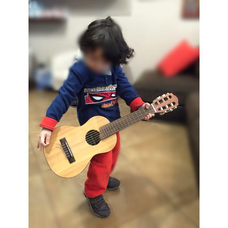 Mio figlio Gabriel a tre anni! Ari tutto suo padre!!!