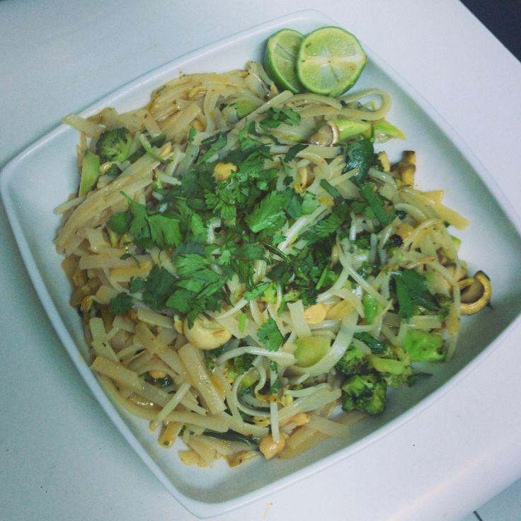 Pad thai de pollo