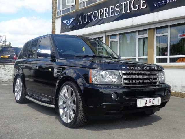 2006 Range Rover Sport 2.7 TDV6 HSE 5-door auto estate in Metallic Java Black with Ebony heated memory leather seats.