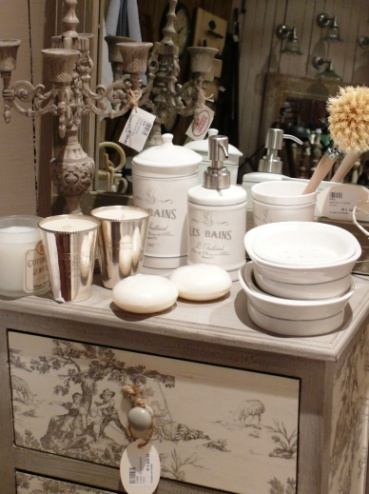 Best French Bathroom Images On Pinterest Architecture - French inspired bathroom accessories for bathroom decor ideas