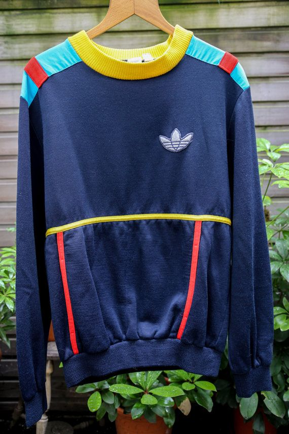 Vintage and Rare Pullover Zipper Hoodie ADIDAS TREFOIL Embroidery Small Logo Vintage Adidas Sport Clothing Size Medium e0bJuEitg
