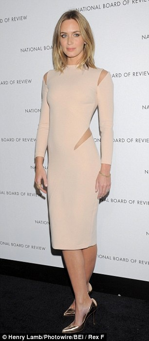 Emily Blunt in a neutral cutout dress and heels #heels