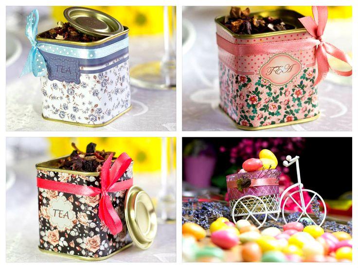 #Marturie Pentru #Nunta, din metal imprimata cu motiv floral, ce poate contine dupa preferintele Mirilor: ceai, boabe de cafea, bomboane etc ...  peste 100 buc. - 7 lei/buc peste 50 buc. - 7,5 lei/buc Pret: 8 lei/ buc  Comanda minima: 25 buc  Dimensiune: 6 cm lungime / 5 cm latime   Pentru comanda si alte detalii  0733 248 374 Loredana https://www.facebook.com/marturiiboutique