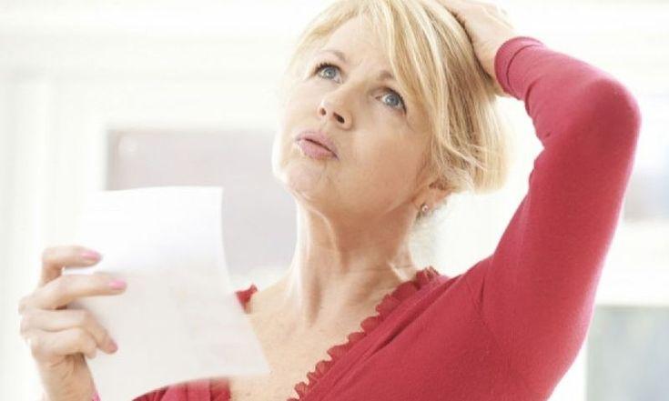 Η έναρξη τηςεμμηνόπαυσηςτοποθετείται χρονικά δώδεκα μήνες μετά την τελευταία έμμηνο ρύση και σηματοδοτεί το τέλος του κύκλου της περιόδου για τη γυναίκα. Η εμμηνόπαυση μπορεί