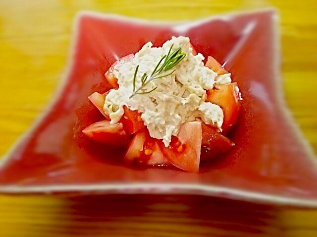 ホタテ缶にわさびとマヨ。簡単だけどたまに食べたくなる一品。 - 151件のもぐもぐ - トマトとホタテの和風サラダ by tjKATOREA