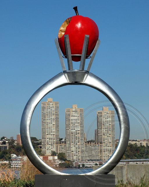 RINGO Sculpture (2013) by Reina Kubota, Riverside Park South, Manhattan, New York City with New Jersey Guttenberg's Galaxy Towers in the background; photo by .jag9889