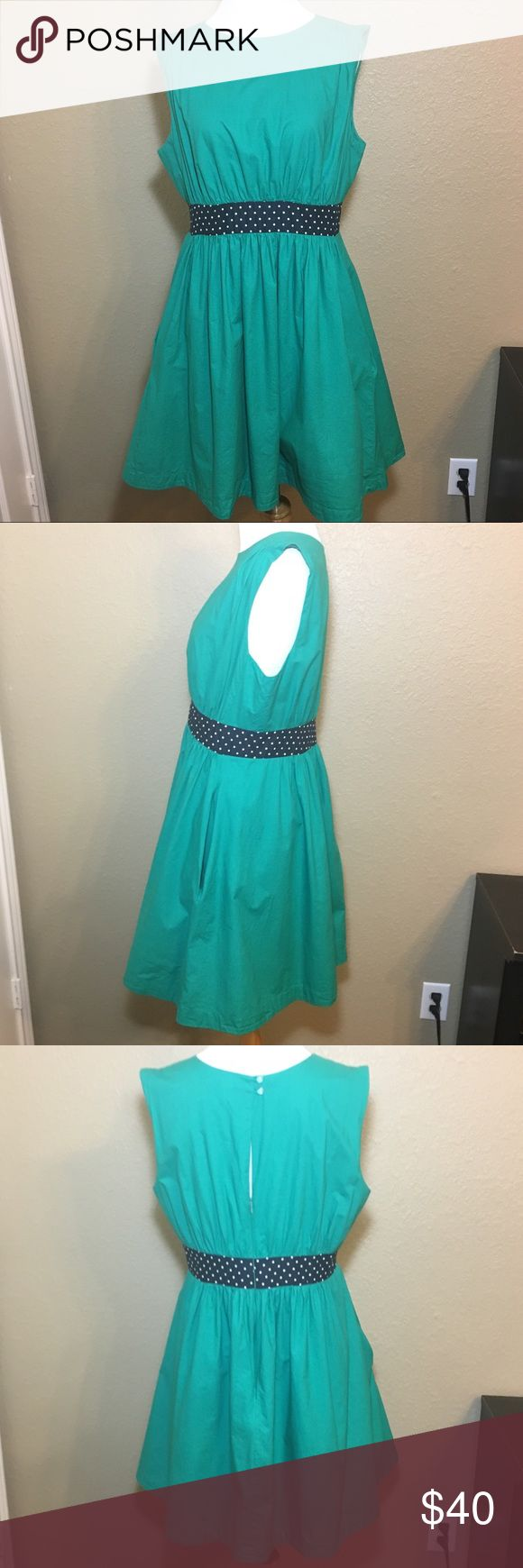 """Emily and Fin green Lucy dress with pockets large Bust 18"""", waist 16"""", length 35"""". 100% cotton. Small hole on the back left of the buttons. Modcloth Dresses"""