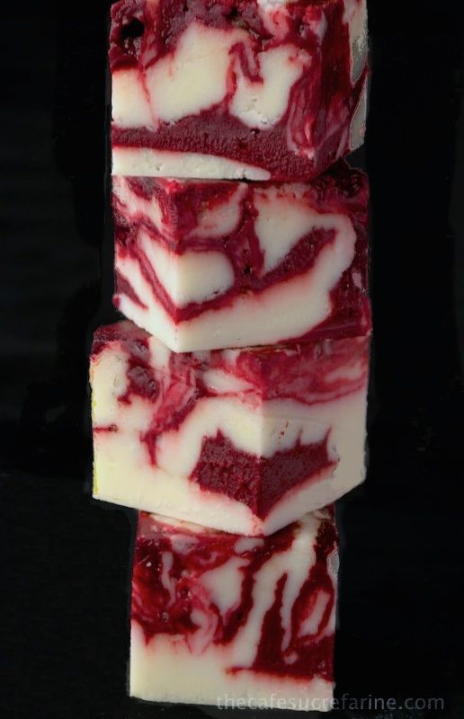 Winter White Red Velvet Fudge - A delicious, beautiful fudge for any ...