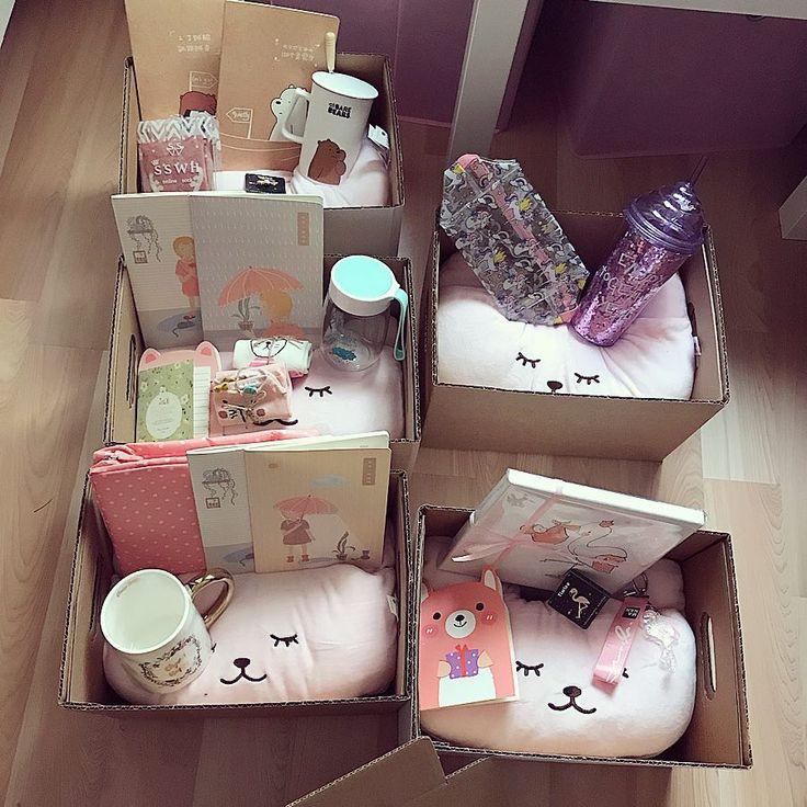 Pink Cute م تجر On Instagram ماشاءلله يتهنون ي ارب هدايا بينك Gifts Money Gift Flower Frame