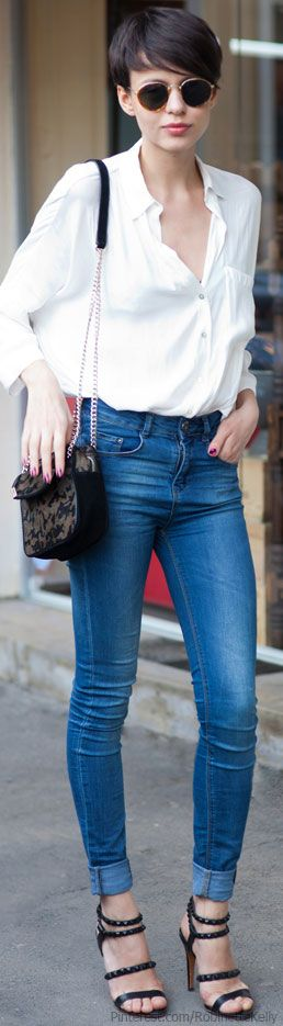 what to wear with cut up jeans 30+ best outfits #fashion #jeans #outfits