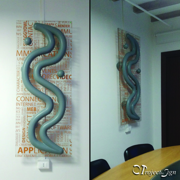Thermo S Sculptor Termoarredo in ceramica con pannello in vetro decorato. #radiatori #ceramica #ceramics #officedesign #interiordesign #decorarion #design #script #color #style