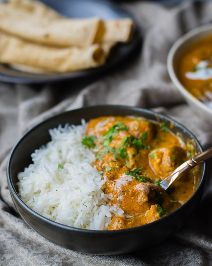 Instant Pot Butter Chicken - This authentic and 30-minute Indian Butter chicken recipe is so easy and delicious that I guarantee that once you make it at home, it will soon be part of your weekly dinner menu.