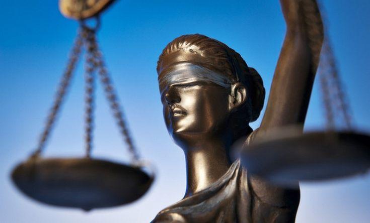 Odwołanie zgodne z prawem? Czy decyzje dotyczące stosunku pracy dyrektora Cezarego Morawskiego będą podejmowane z poszanowaniem litery prawa?
